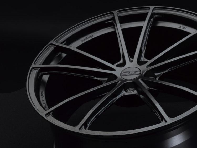 zeus-matt-black1